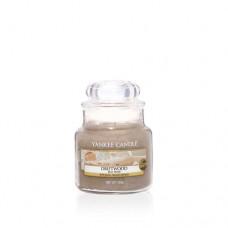 Yankee Candle Small Jar Driftwood - Прибрежное Дерево маленькая свеча в банке